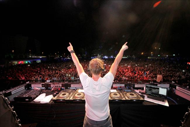 DJ-entertainment